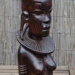 Makonde houtsnijwerk Tanzania, Masai vrouw (1) ebbenhout, 1981
