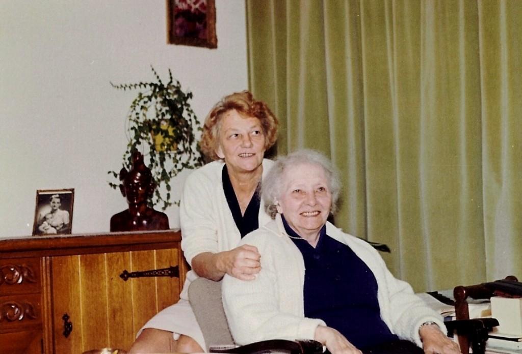 Tante Iet en Granny