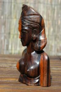 coromandel of een andere fraai gevlamde houtsoort