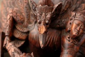 Rerstauratie Indisch beeld 002