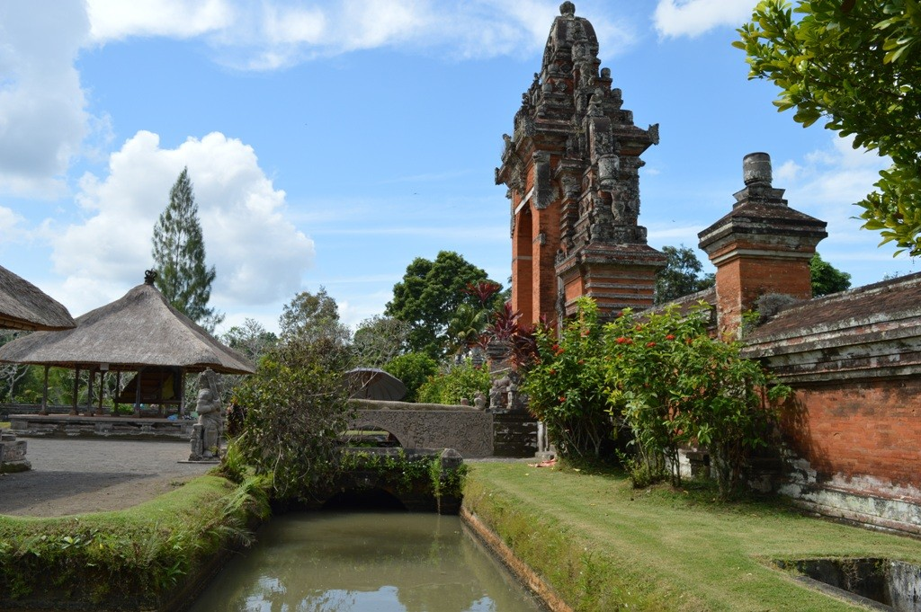 De Taman Ayun Tempel