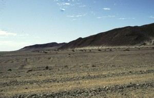 Namibie- Zuid Afrika, 1992 De tocht door deze steenwoestijn is indrukwekkend.
